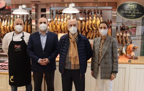 La tienda Coren Grill de Bedoya abre renovada para sorprender a los clientes